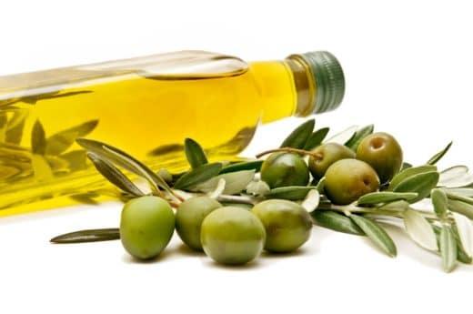 la dieta mediterranea olio d'oliva