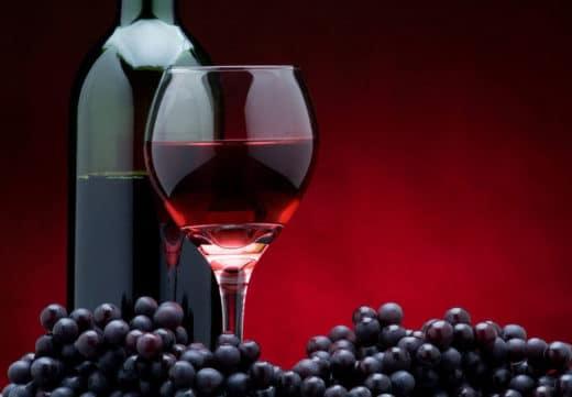 la dieta mediterranea vino